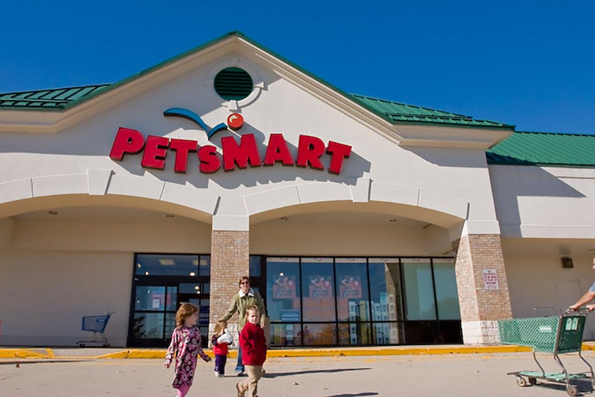Petsmart at Royal Ridge Center Nashua NH
