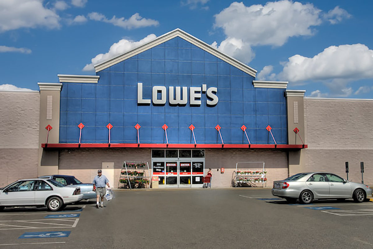 Lowes at Dedham Mall