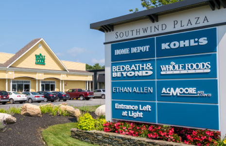 Southwind Plaza Pylon Sign